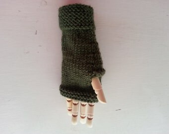 Fingerless gloves - kids gloves - children's mittens - hand knit wool hand warmers