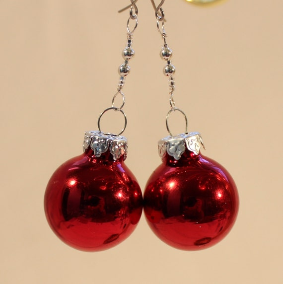 Christmas ornament earrings shiny red glass by