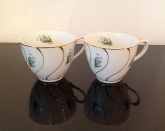 Beautiful Virginia Bluebell with Gold Teacups Set of 2
