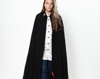 Dracula vintage wool cape with red lining