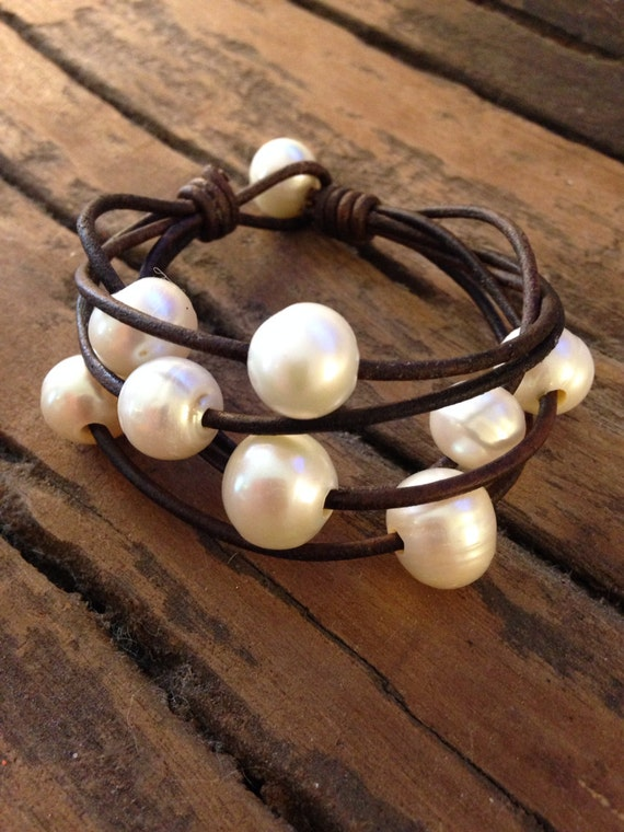 pearls and leather bracelet freshwater pearls and leather. Black Bedroom Furniture Sets. Home Design Ideas