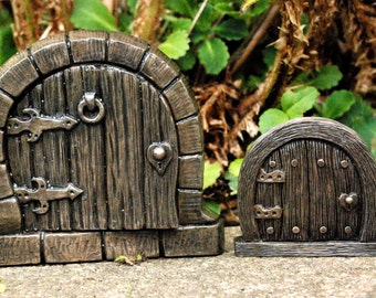 Fairy Doors - Bronze Hobbit Door - Indoor or Outdoor - SMALLEST ONE FREE & Fairy door | Etsy pezcame.com