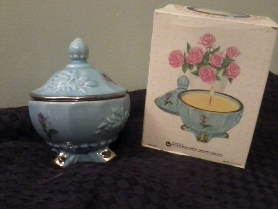 Vintage Fuller Brush Ceramic Candle With Lid Floral Design Great Condition In Box Citrus Scent