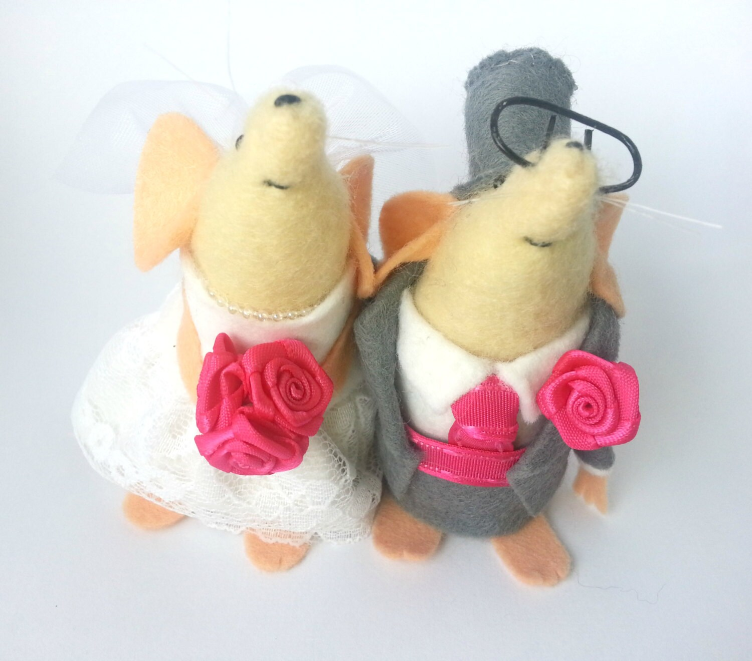 mice wedding cake toppers uk wedding mice and groom mouse cake topper decoration 17334