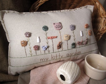 My Kitty Garden Pillow (Cottage Style)