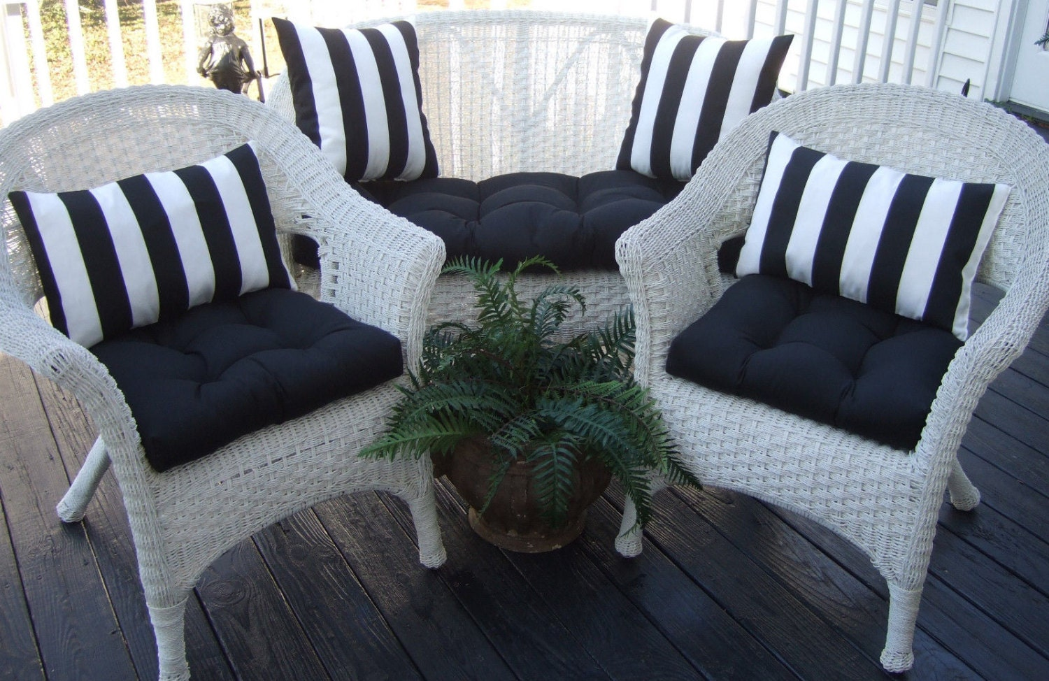 Indoor Outdoor Wicker Cushion And Pillow 7 Pc Set Solid