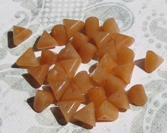 Red Adventurine Triangle Beads, 24 Beads- Item 1123