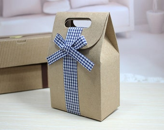 Thick brown kraft gift bags in set of 10