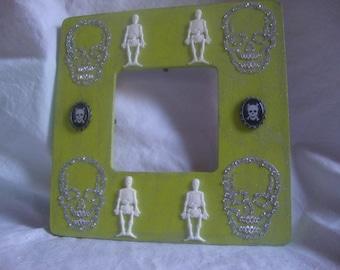 Handmade, Hand Painted spooky Halloween picture frame, Skulls, Skeletons