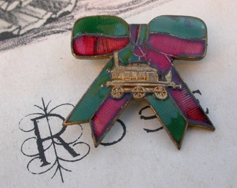 French vintage solid bronze brooch  enamel brooch Locomotive old train gold plated butterfly tie Bowknot, Bow Tie, red green enamel