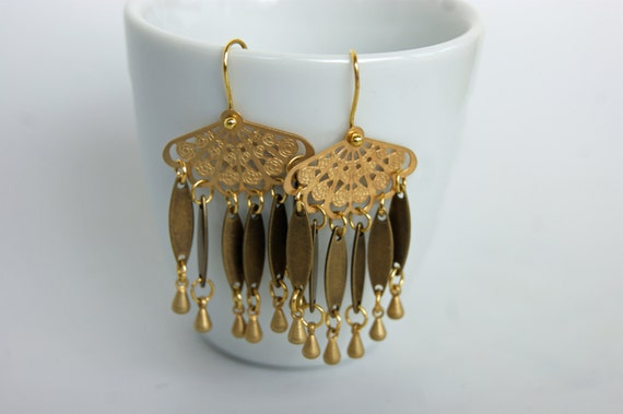 Boucles d'oreille laiton doré , pendants gouttes