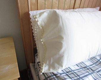SAMPLE SALE  Pom pom Shabby chic pillowcase Cream or White/