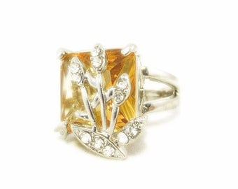 Square Cut Peach Glass Rhinestone Willow Ring  - Size 8.5