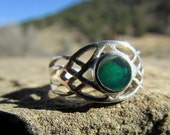 Celtic Ring - Green Onyx  Sterling Silver Celtic Braid Ring Size 5 and 1/2 - Silver Irish / Celtic Knot Ring