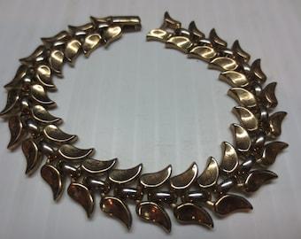 Vintage Trifari Goldtone Pinnate Foliate Bracelet