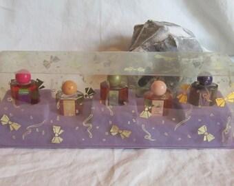 Vintage Mini Perfume Set