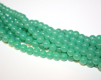 16inch Jade Green 8mm Round Gorgeous Glossy Glass Bead Strand with 58 Beads