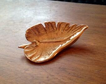 30% DISCOUNT SALE Vintage Golden Leaf Brooch Pin (#2)