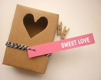Sweet love pink skinny tags with twine - set of 25