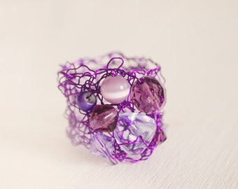 Ring crochet wire with beads lilac