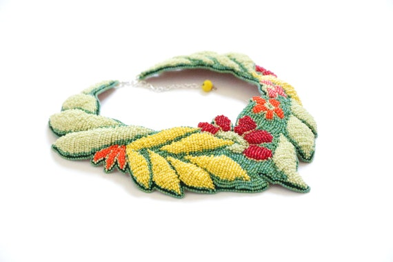 Spring summer jewelry fashion - leaf colorful necklace - green statement necklace with flower - yellow seed beads leaves necklace for summer