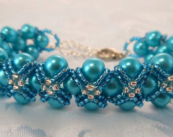"Elegant ""Lauren"" Captured Pearl Bracelet (001-300)"