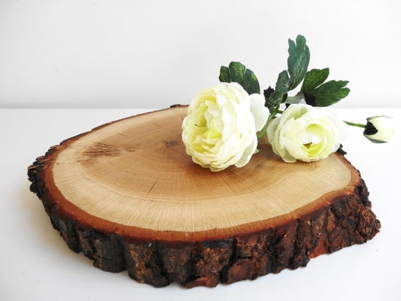Quot wood slice cake stand centerpiece bark