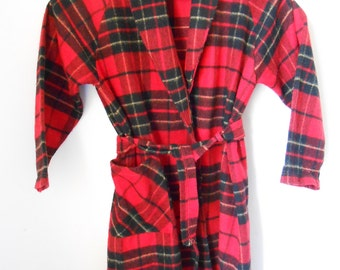 Vintage red checked bathrobe for boys