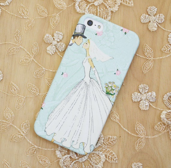 Kissing Bride and Groom iPhone 5 case / iPhone 5S case / iPhone 5C case / iPhone 4 case / iPhone 4S case