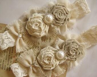 Rustic wedding garter, Ivory garter, Burlap wedding garter, Cottage Chic garter, Bridal Garter rustic wedding accessories