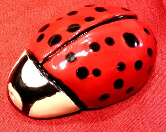 small cute ladybug pipe ceramic 3 inches long