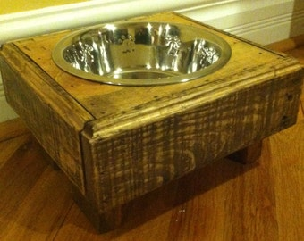 "Reclaimed pallet furniture dog bowl stand 10"" l X 10"" w X 5"" t chestnut finish 2 quart bowl"