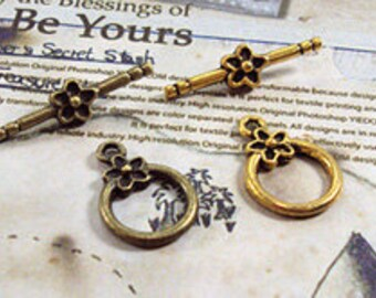 "20 sets of Antiqued gold or bronze  fancy toggle clasps  ""OT"" clasps  14mm"