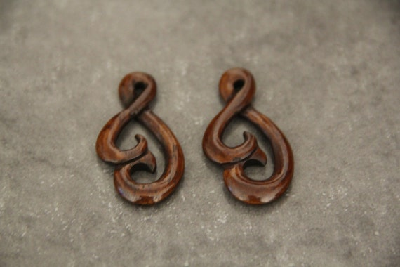 Two Pieces Buffalo Bone Carved Twisted Drop
