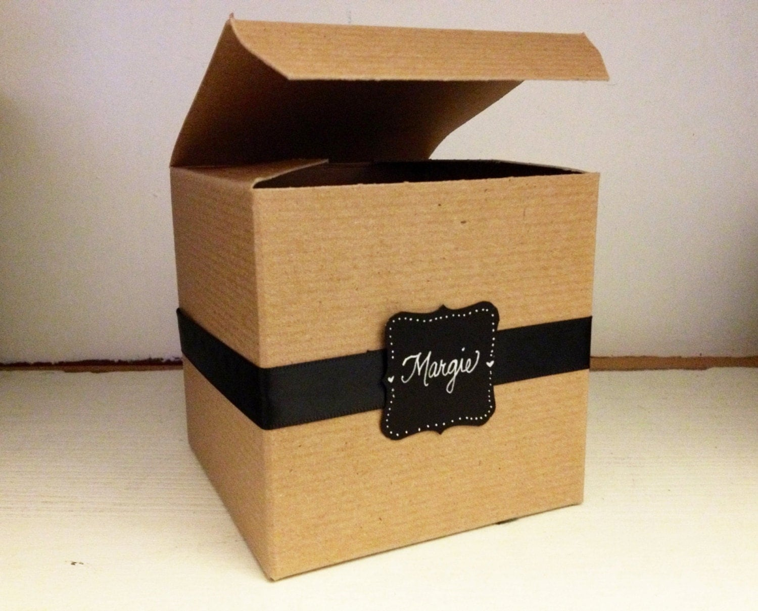 personalized gift box . gift wrapping . gift box for mugs .