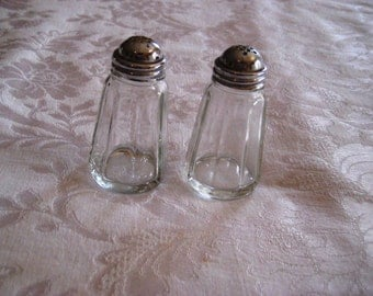 Vintage salt and pepper shakers, clear glass, retro, primitive salt and pepper shakers