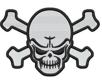 Plain Skull Embroidery Design
