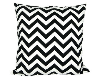 CHEVRON pillow cover black white 50 x 50 cm Strip zigzag graphically