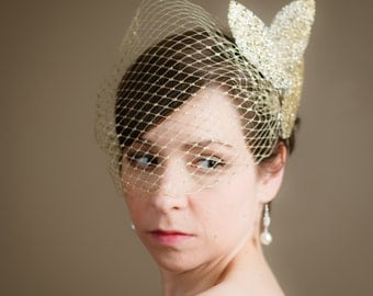 Gold Birdcage Wedding Veil with Gold Leaf Headpiece (Bandeau Birdcage Veil, Russian Netting Veil, Gold, Bridal Veil)