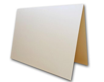Metallic Poison Ivory Place Cards 25 pack