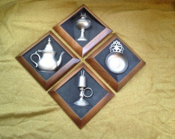 Set of 4 vintage  l964 Syroco wall plaques American colonial pewtersmiths