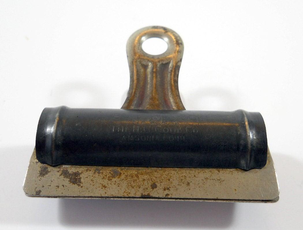 antique no 4 bulldog clip 1916 office supply h c cook of