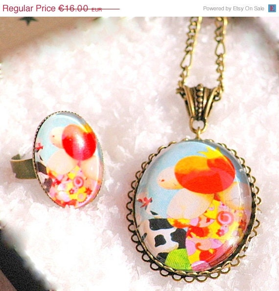 30% OFF Set Cameo Pendant Ring  Fatty Collection Woman Flower Dress Victorian Jewelry Antique Bronze Long Chain.
