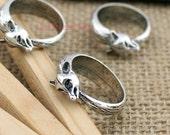 10pcs--Fox Rings,Fox Charms,Antique tibetan silver Tone Fox Circle Shape Pendants 21mm