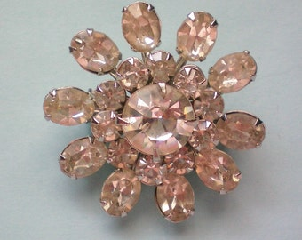 Sparkling Crystal Rhinestone Flower Pin - 3048