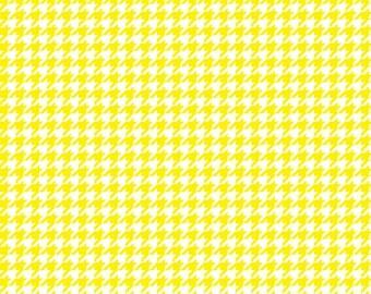 Yellow houndstooth craft  vinyl sheet - HTV or Adhesive Vinyl -  yellow and white pattern vinyl  HTV425