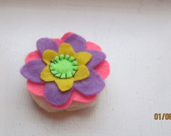 felt flower cookie