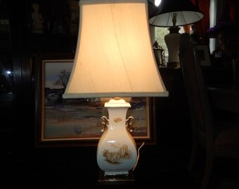 CHINESE TOILE LAMP