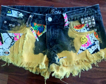 90s 'Art school drop out' frayed denim CUT OFFS shorts size S studded GRUNGE