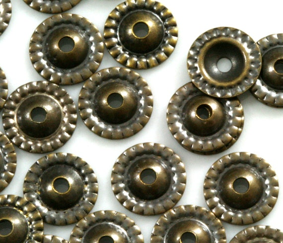 300 pcs antique brass tone brass 8 mm cone circle tag middle hole charms ,findings bead caps  586AC-52